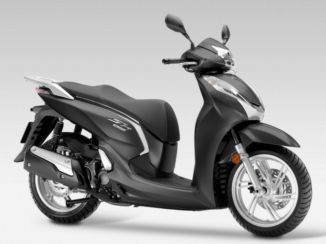 Hot car news 6/2: Vietnamese tourists are feverish with the scooter model with the design of Honda Vision, Honda SH Mode photo 2