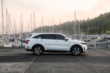 Đối thủ của Toyota Fortuner chốt ngày về đại lý: Đẹp mãn nhãn, trang bị 'lấn lướt' Hyundai SantaFe